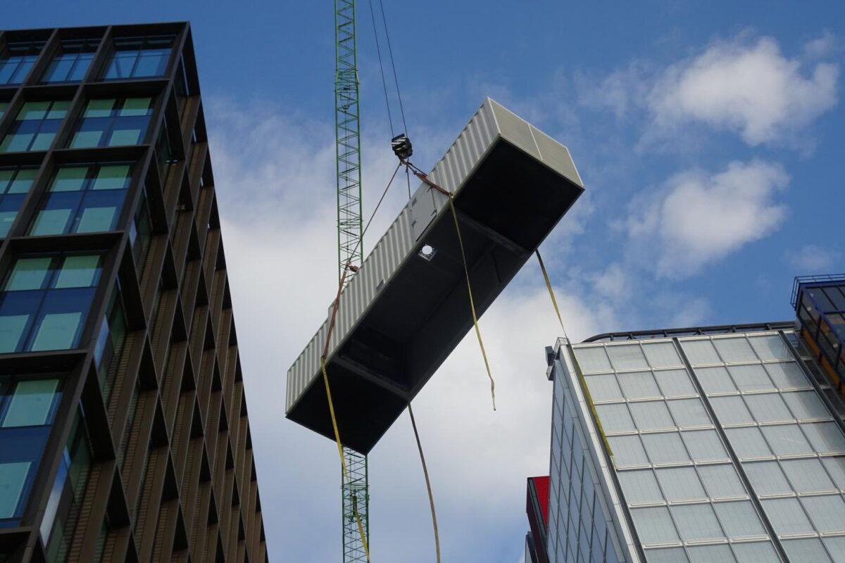MRI Westfield Avenue Crane Lift 01