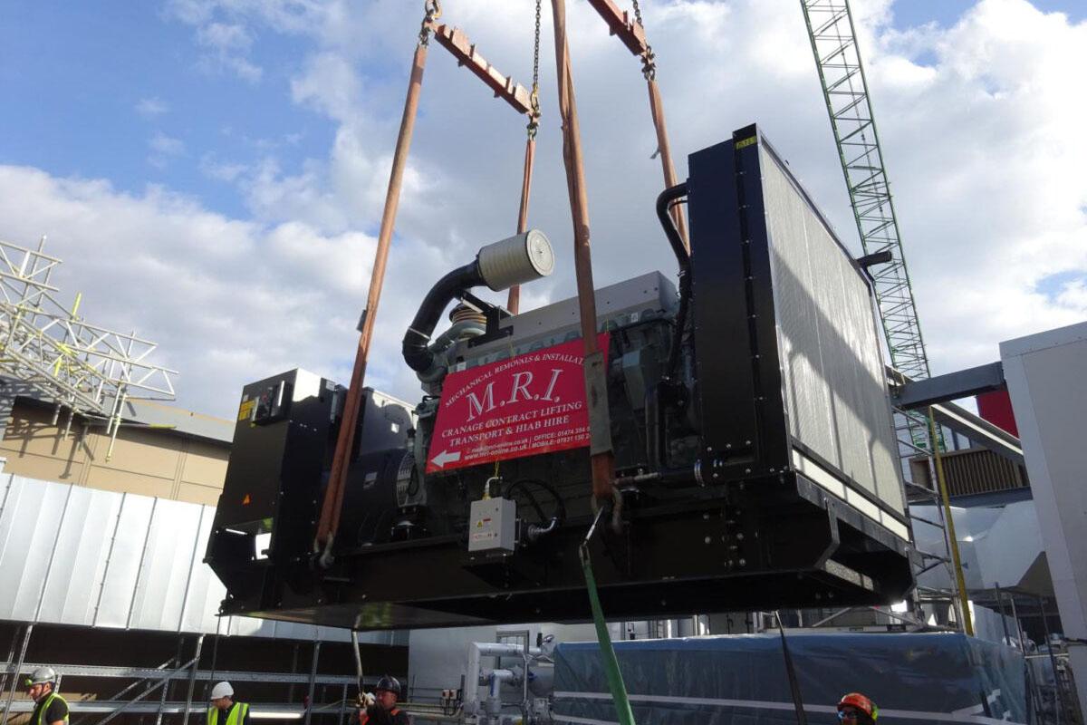 MRI Westfield Avenue Crane Lift 02